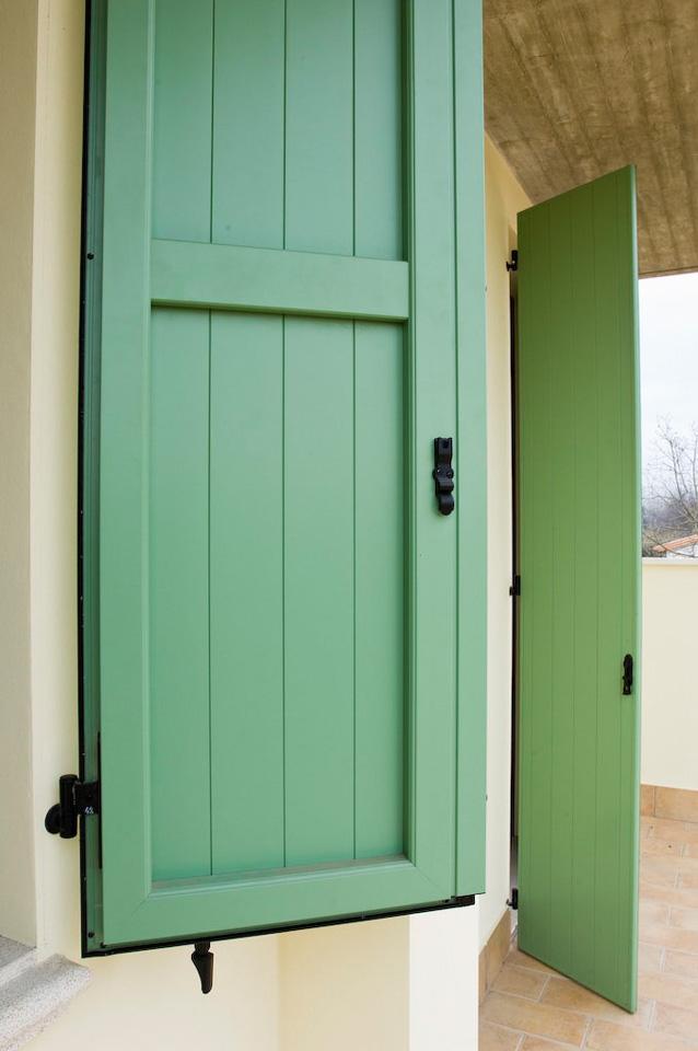 Scuri a fontana serramenti e infissi in alluminio e legno per la casa l 39 industria e l - Scuri per finestre ...