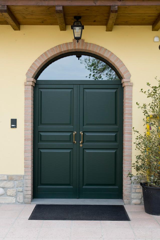 Porte da esterno e portoncini a fontana serramenti e - Porte da esterno in alluminio prezzi ...
